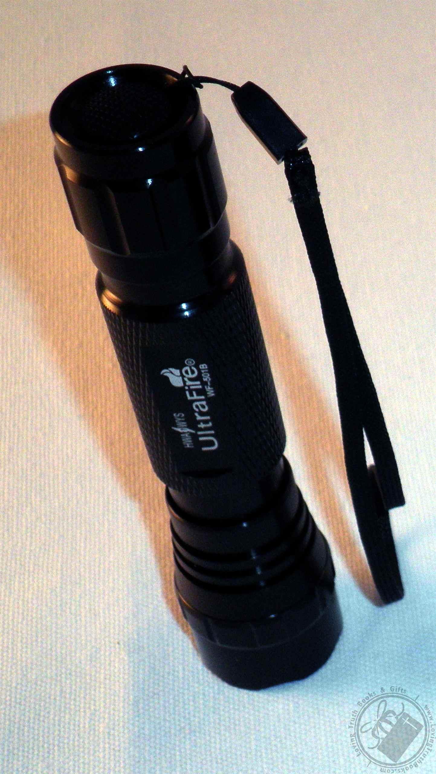 Black Single Mode UltraFire 250 Lumen CREE White LED